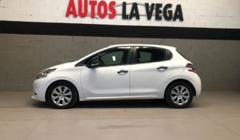 PEUGEOT – 208 1.4HDI BUSINESS LINE completo
